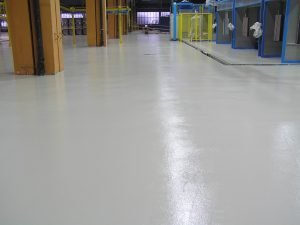 Epoxy vloercoating in de farbiek
